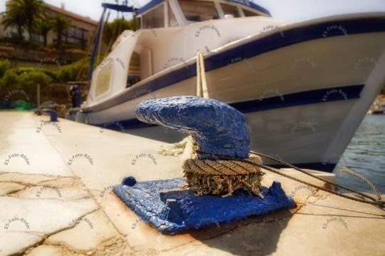 Befestigung Poller Stahlpoller Schiffspoller
